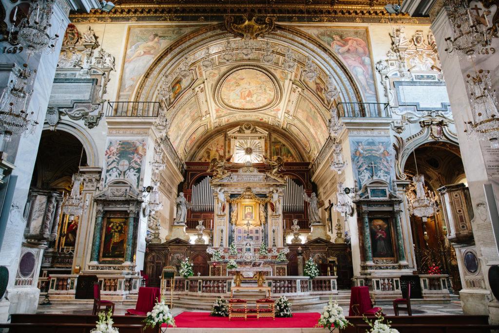 天坛圣母大殿祭台